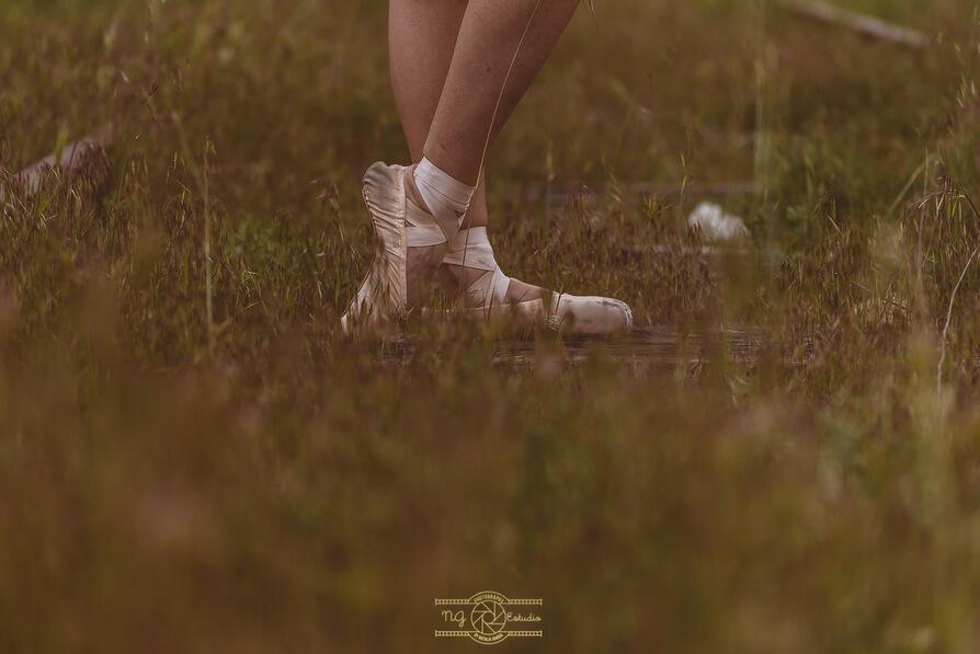 shooting-elia-bailarina-ballet-sesion-fotos-ngestudio-fotografa-boda23